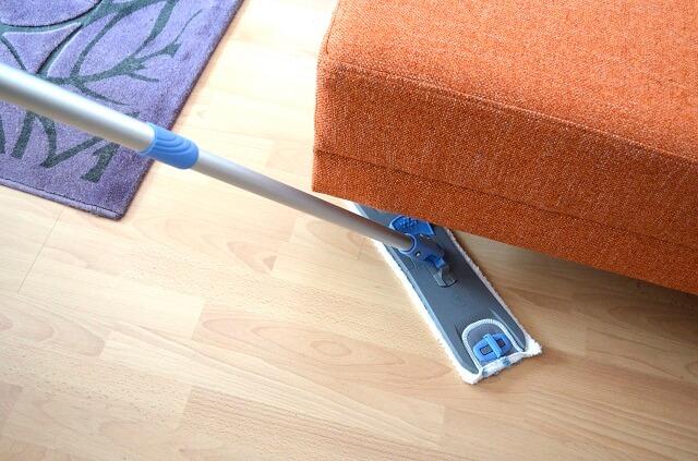 mop płaski w kolorze niebieskim